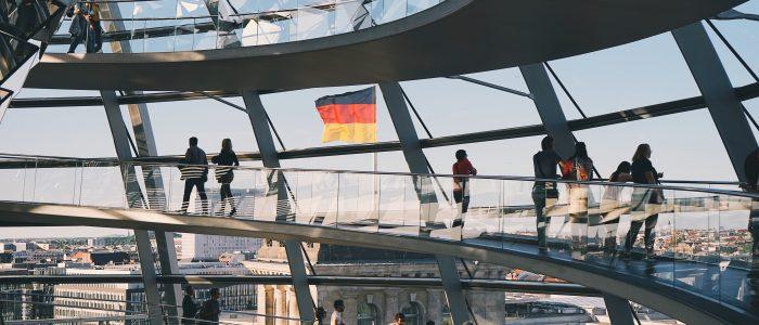 bendera-jerman-dari-gedung